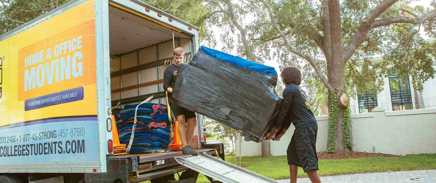 Apartment & Office Movers in Florida | Strong College Students